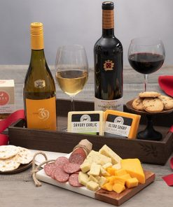 Order This Gourmet Wine Gift Tray
